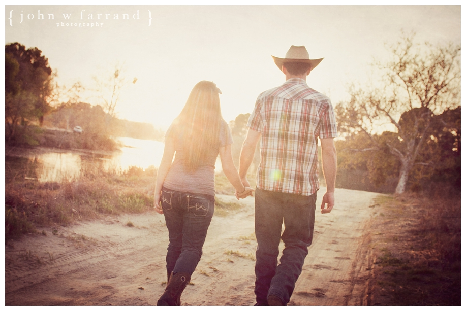Andrew_Taryn_Bakersfield_Engagement_Photography_008.jpg