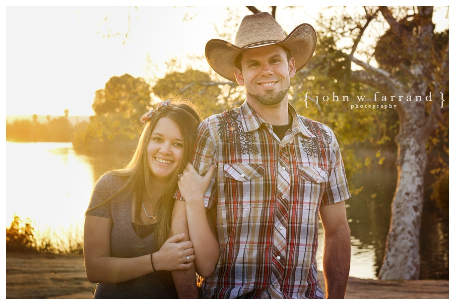 Andrew_Taryn_Bakersfield_Engagement_Photography_016.jpg