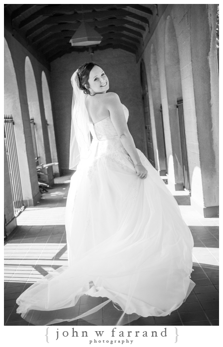Eurto-Bakersfield-Wedding-Photography-Bell-Tower-Club-16.jpg