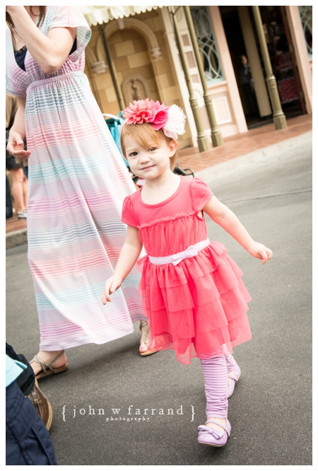 Disneyland-Family-Photos-Photographer_002.jpg