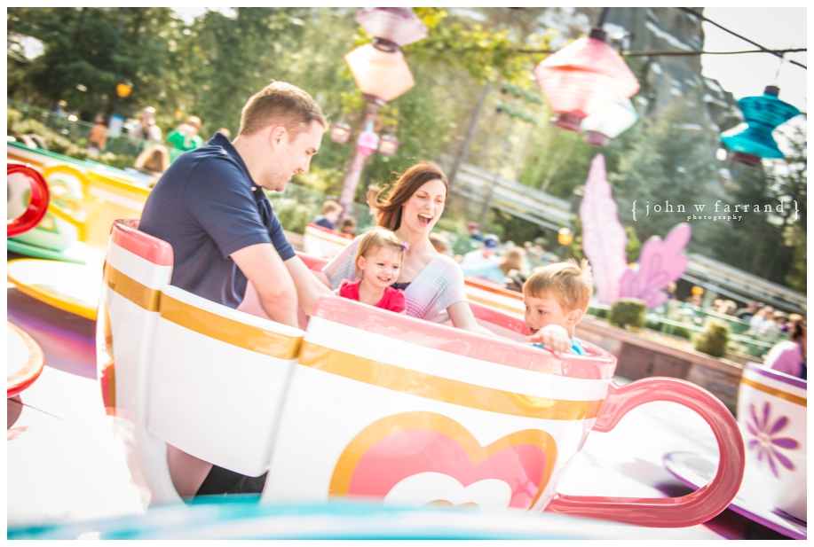 Disneyland-Family-Photos-Photographer_011.jpg