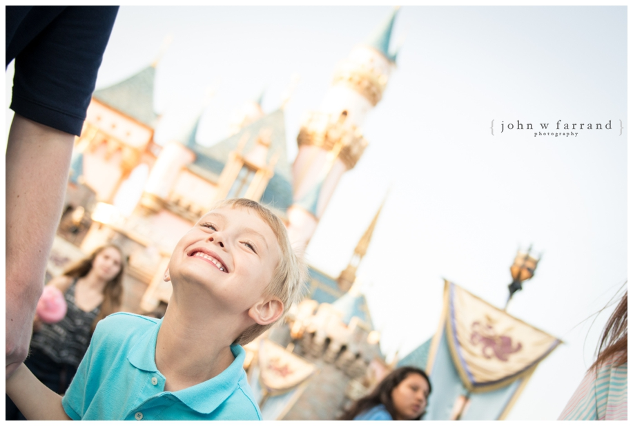 Disneyland Family Photographer - Pure excitement in Disneyland!
