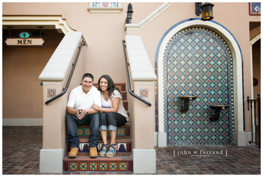 Disneyland-Engagement-Photography-Hinojosa_015.jpg