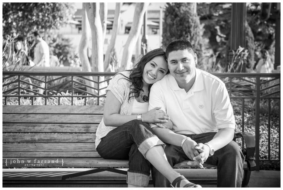 Disneyland-Engagement-Photography-Hinojosa_018.jpg