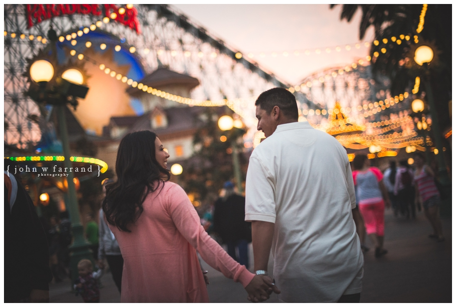 Disneyland-Engagement-Photography-Hinojosa_039.jpg