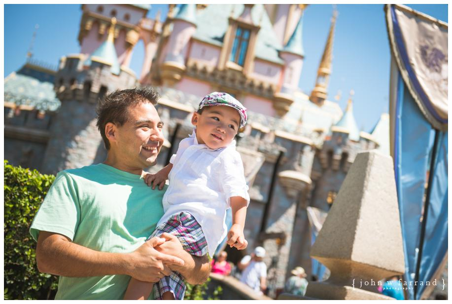 Disneyland-Family-Photography-Bautista_006.jpg