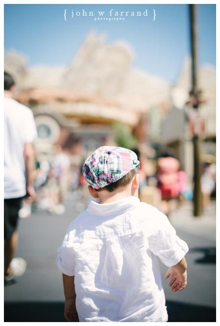Disneyland-Family-Photography-Bautista_017.jpg