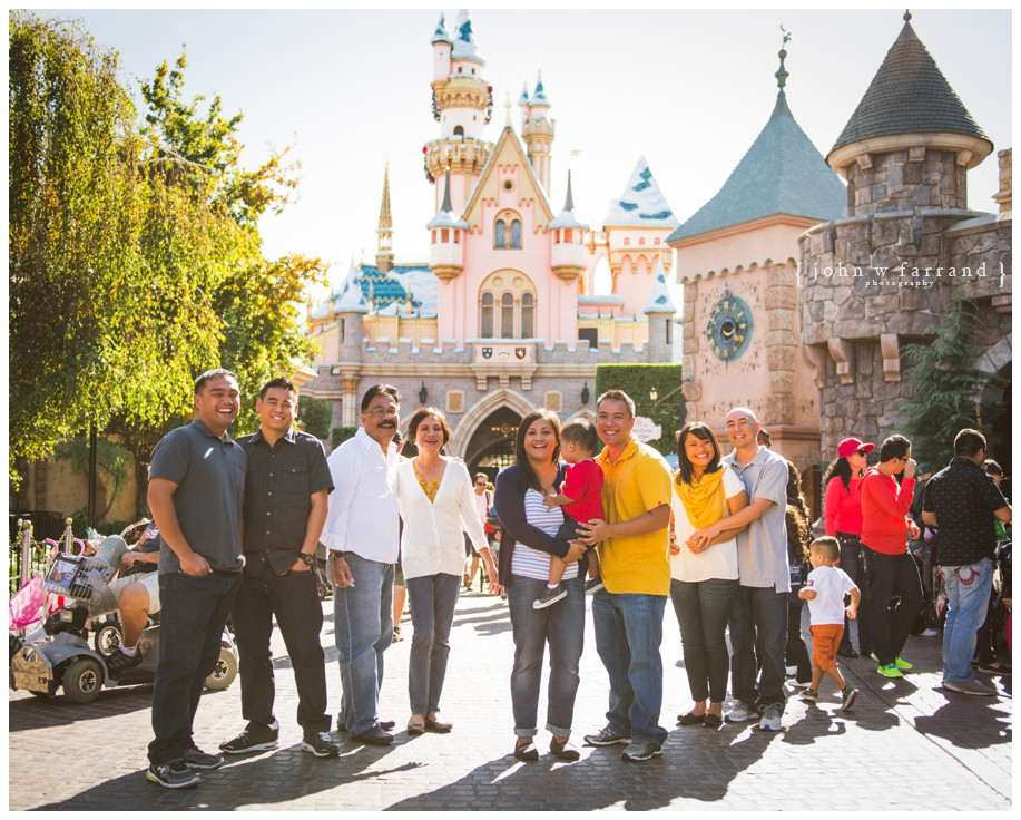 Sagayadoro-Disneyland-Family-Photography_009.jpg