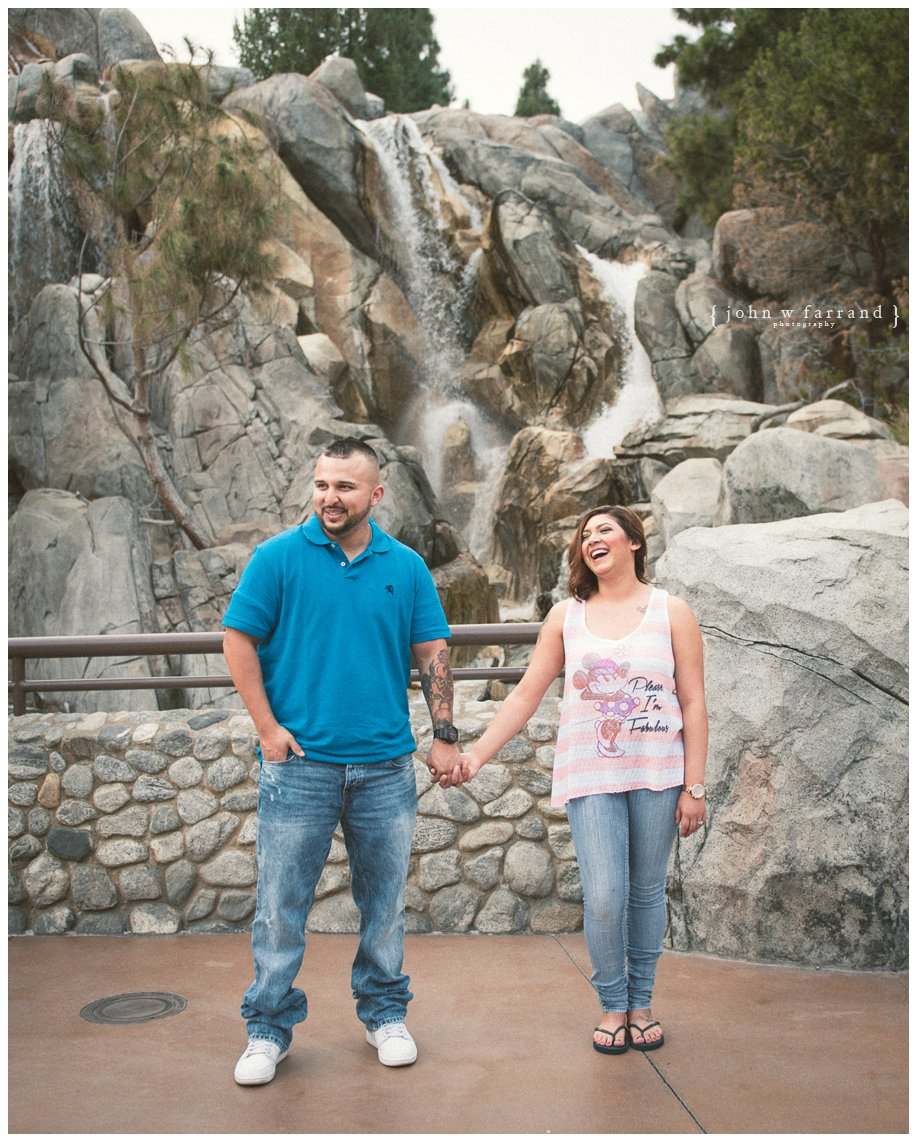 Disneyland-Engagement-Session_006.jpg